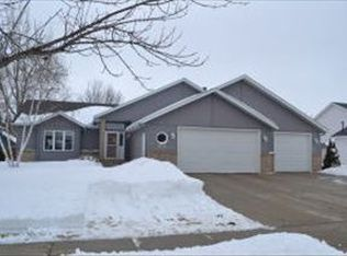 3032 38th Ave S , Fargo ND