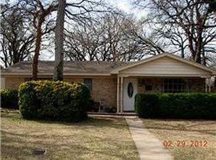910 Vine St , Euless TX