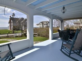 87 Middle Beach Rd , Madison CT