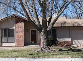 729 Millwood Dr , Saint Peters MO