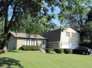631 Indiana Ct , Frankfort IL
