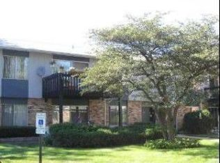 948 E Old Willow Rd Apt 103, Prospect Heights IL