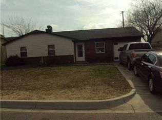 824 NW 22nd St , Moore OK