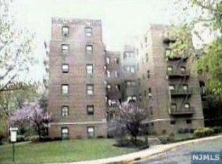 2339 Hudson Ter Apt C6, Fort Lee NJ