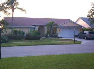 10380 Regent Cir , Naples FL