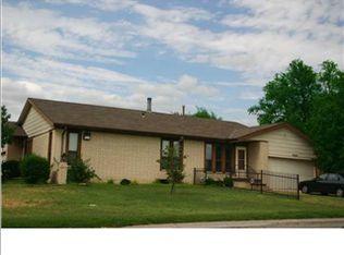 9204 E Funston St , Wichita KS