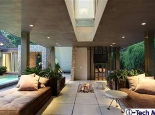 Modern Swimming Pool With Lap Pool Exterior Tile Floors In Pasadena Ca Zillow Digs Zillow