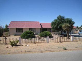 16384 Ocotilla Rd , Apple Valley CA
