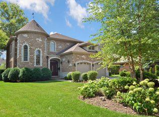 435 Brook Ln , Glenview IL