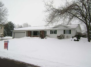 3787 Park Knoll Dr , Madison WI