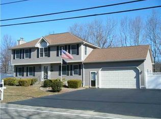 430 New River Rd , Manville RI