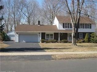 43 Twin Oak Farm Rd , Wallingford CT
