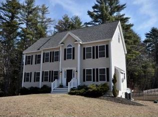 29 Fox Hollow Dr , Newmarket NH