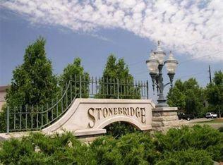 183 Stonebridge Ct , Saint Paul MN