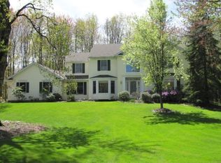 16740 Lucky Bell Ln , Chagrin Falls OH