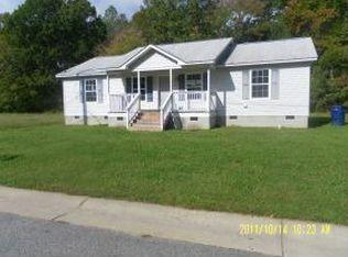 12072 Greenbrier Ln , Smithfield VA