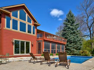 855 Forest Arms Ln , Mound MN