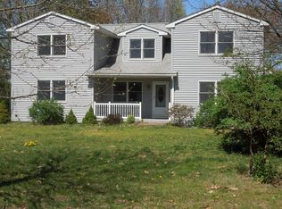 33 Tromley Rd , East Windsor CT