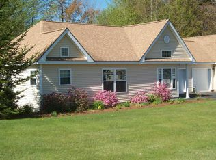 4 Florida Dr , Windham ME