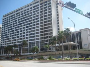 5445 Collins Ave Apt TH8, Miami Beach FL