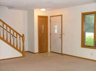 Awesome 2087 Samuel St Apt 4 Roseville Mn 55113 Zillow Beutiful Home Inspiration Aditmahrainfo
