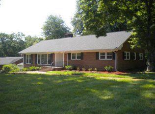 4605 W Friendly Ave , Greensboro NC