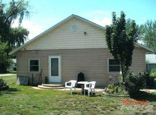 11503 N Lake St , Milton WI