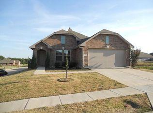 406 Eisenhower Ln , Lavon TX
