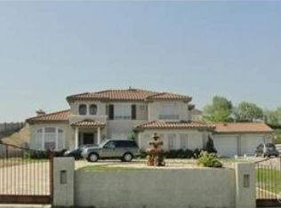18533 Hollowtree Ln , Riverside CA