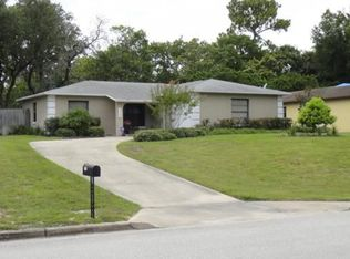 330 Hidden Lake Dr , Sanford FL