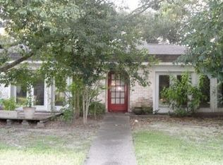 208 Carey Ln , Friendswood TX