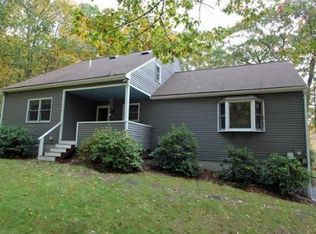 32 Summer Hill Rd , Medway MA