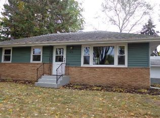 1021 Edgewater Ave , Shoreview MN