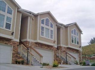 6829 W Yale Ave , Lakewood CO