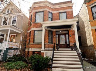 1931 W Bradley Pl , Chicago IL