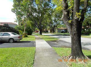 14330 Lake Candlewood Ct , Miami Lakes FL