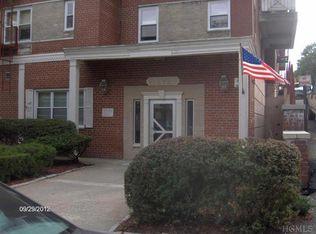 11 Balint Dr Apt 440, Yonkers NY