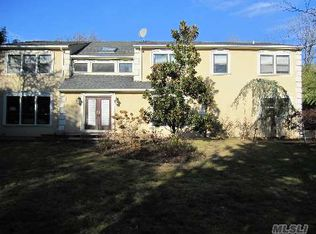 32 Carriage Rd , Kings Point NY