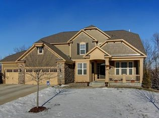 2570 Highcrest Cir , Chanhassen MN