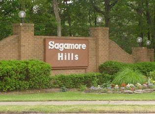 259 Sagamore Hills Dr , Port Jefferson Station NY