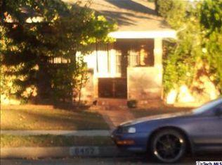 6452 Hayvenhurst Ave , Van Nuys CA