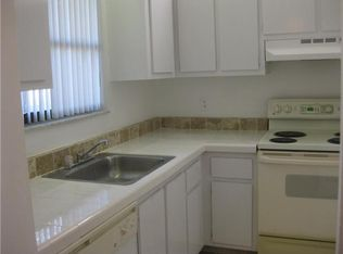 21913 Lake Forest Cir Apt 106, Boca Raton FL