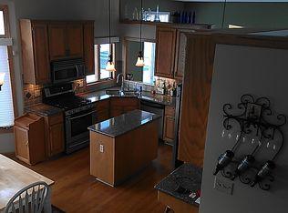 2805 Highlands Rd, Brooklyn Park, MN 55443 | Zillow