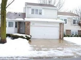 635 Dunsten Cir , Northbrook IL