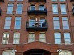 550 N Kingsbury St Apt 203, Chicago IL