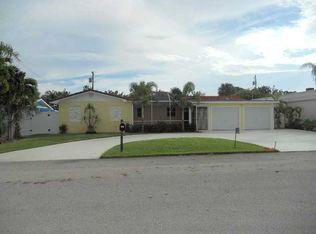1233 Surf Rd , Riviera Beach FL