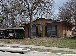 95 Ravenswood Dr , Bedford TX