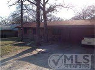 204 Richard Ln , Azle TX