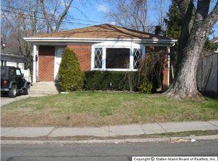 353 Woodrow Rd , Staten Island NY