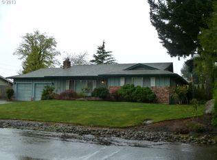 325 Vine St , Oregon City OR